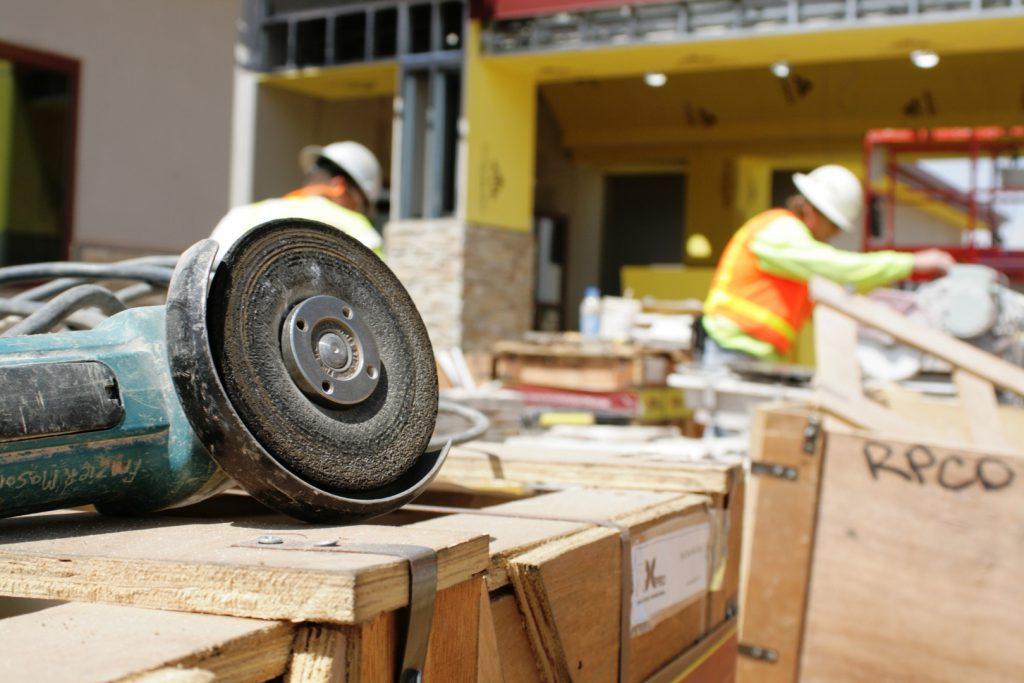 Arbeidsongeval, letselschade arbeidsongeval, schadevergoeding arbeidsongeval, sbedrijfsongeval, schadevergoeding bedrijfsongeval, letselschade bedirjfsongeval